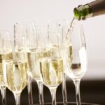champagne-flutes-pouring